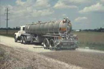 Salt truck (modern)